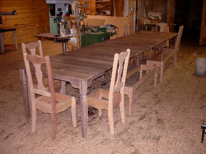 Colonial Walnut Extension Dining Table